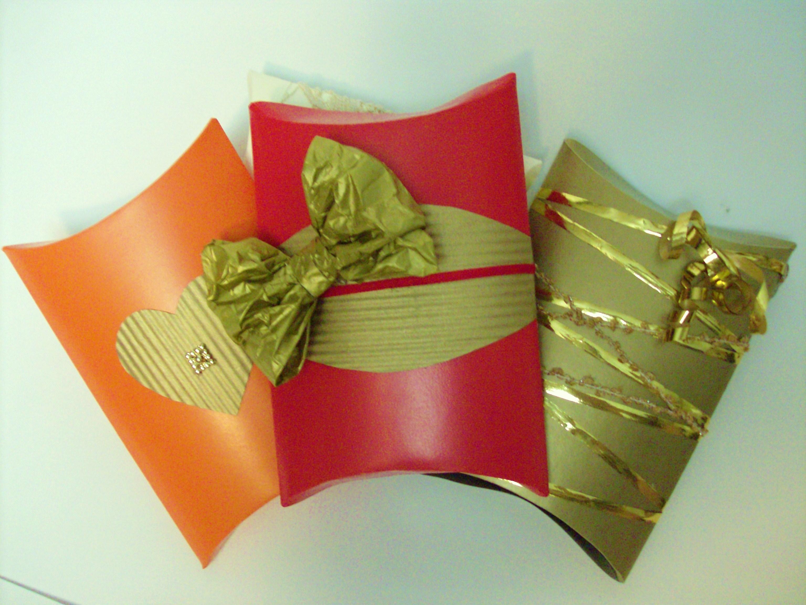 Упаковка подарка другу 80